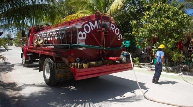 Ayuntamiento de Cozumel apoya a 600 familias con suministro de agua potable (Palco Quintanarroense)