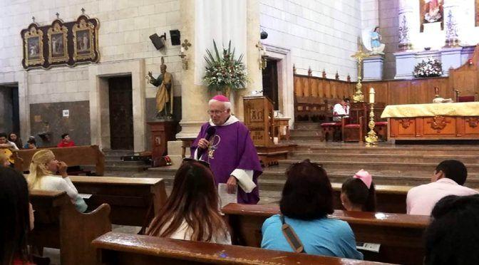 Coahuila: Obispo Vera llama a organizarse contra explotación del agua (Milenio)