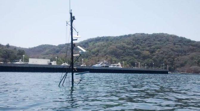 Guerrero: Se hunde barco en la bahía de Puerto Marqués y derrama diésel (El Sol de Puebla)