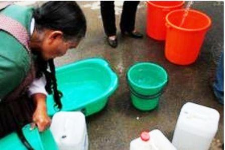 Veracruz: Habitantes de la localidad del Estero del ídolo en Álamo, protestan por el saqueo de agua (La opinión de poza rica)