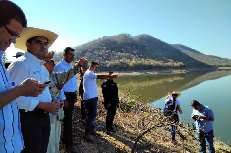 Michoacán: Reforestan presa El Pejo en Huetamo (Primera plana)