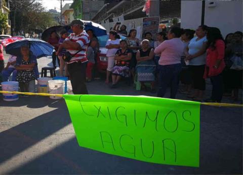 Guerrero: Chilpancingo, sin agua por falta de dinero; van 15 días de protesta (La silla rota)