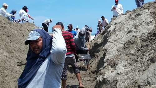Oaxaca: futuro incierto de 14 mil pescadores en Oaxaca por deterioro de bocabarra (La Jornada)