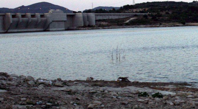 Valencia: Las últimas lluvias mejoran un 2% los embalses del Júcar y el Segura (El País)