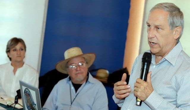 Puebla: Enrique Cárdenas promete revisar concesión de agua y transporte (El Heraldo de México)