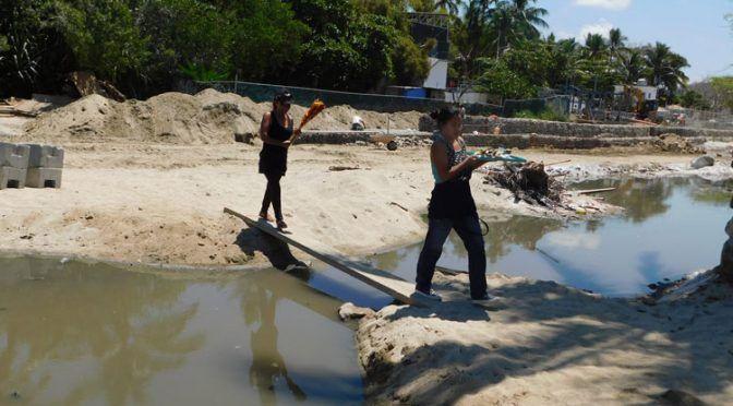 Nayarit: Sayulita recibe un baño de aguas negras (NTR Guadalajara)