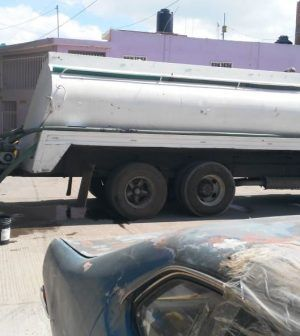 San Luis Potosí: Compromete Interapas agua en camiones cisterna a asentamientos irregulares (El Heraldo)
