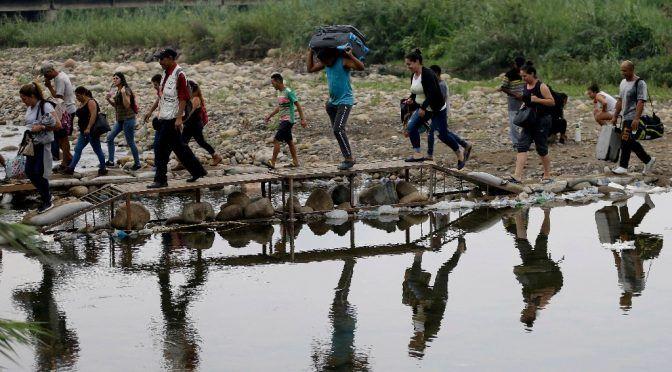 Colombia: Atentado en oleoducto afecta a 25 mil personas (La jornada)