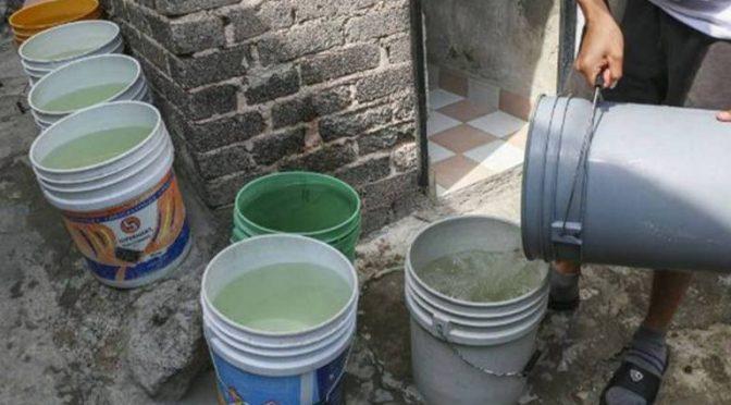 Mexico: Ya escasea el agua en muchas colonias (El Sol del Centro)
