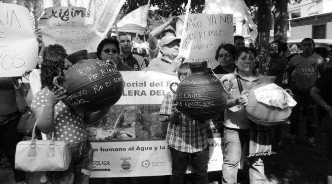 El Salador: Defensoras de agua en el Salvador, un ejemplo de organización comunitaria (desInformemonos)