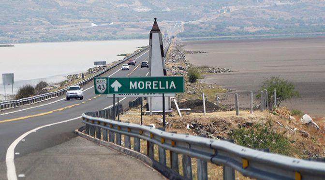 Michoacán: Llaman a rescatar el lago de Cuitzeo; lo están rellenando (La jornada)