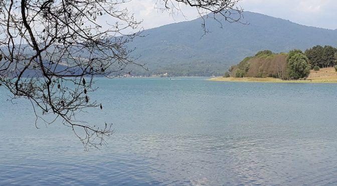 Michoacán: Limpiarán lagos y lagunas de envases de agroquímicos (La Voz de Michoacán)