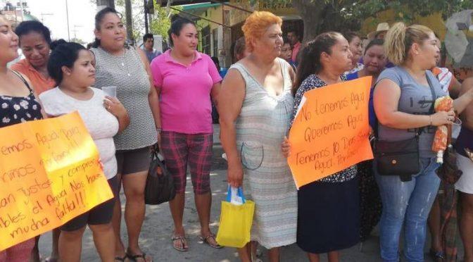 Veracruz: bloquean avenida para exigir servicio de agua potable (El Sol de Cordoba)
