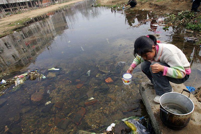 El agua contaminada amenaza la salud de millones de personas (Infografía)