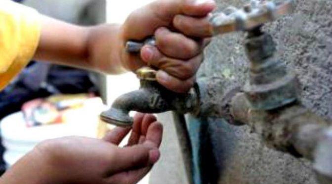 Los pueblos hacen balance de una Semana Santa pasada por agua (Levante)