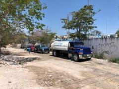 Quintana Roo: Agua de cuarterías tiene olor fétido y color amarillento (La Jornada Maya)