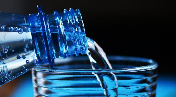 CDMX: lo que debes saber del agua alcalina (El Universal)