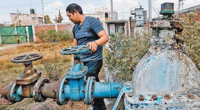 Estado de México: en Ecatepec las fugas de agua equivalen a 2.7 mil pipas diarias (Milenio)