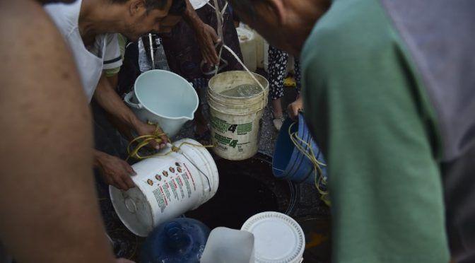 """Venezolanos """"sin agua"""" en un país paralizado por apagones (Los Tiempos)"""