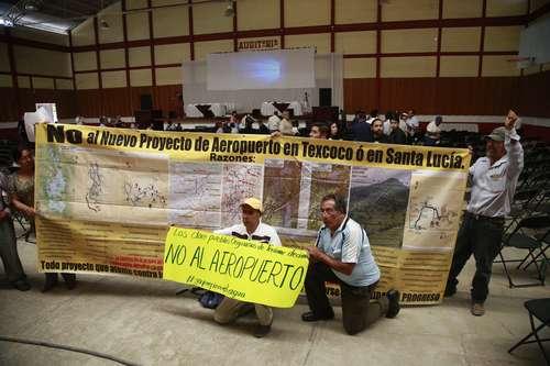 Estado de México: Reunión informativa se transforma en protesta contra el nuevo aeropuerto (La jornada)
