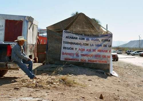 Zacatecas: Asegura Peñasquito que pierde 50 mdd diarios por el bloqueo( La jornada)