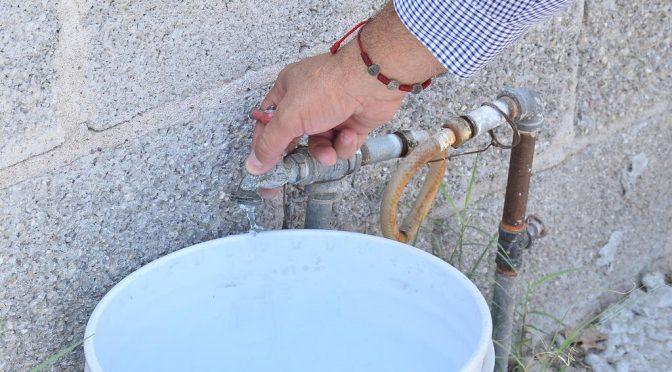 Coahuila: al 'tandeo' el agua en Torreón Jardín (El Siglo de Torreón)