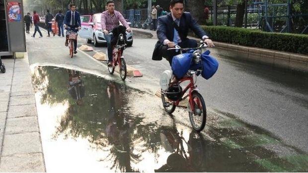 Así es el color del agua de lluvia que ha caído en la CDMX (SDP Noticias)