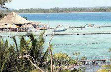 Quintana Roo: Contaminación opaca la laguna de Bacalar; invaden residencias 45% de su litoral (Excélsior)
