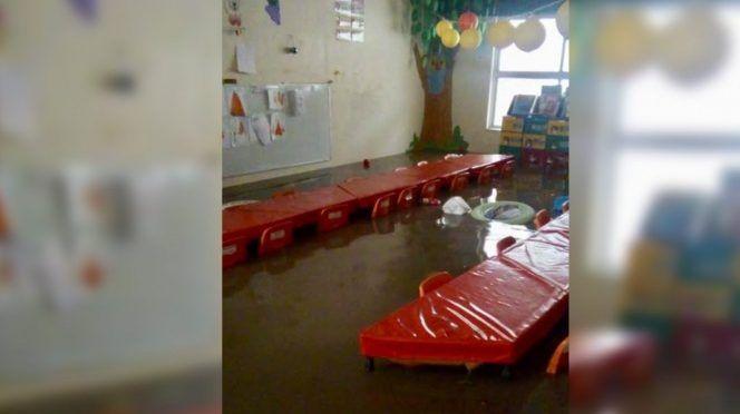 Jardín de niños queda bajo el agua en Chiapas (Excelsior)