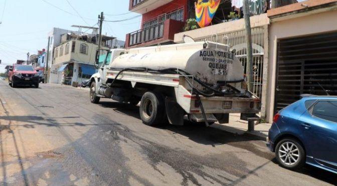 Tabasco: Sólo hay 7 pipas para atender el desabasto de agua (Tabasco HOY)