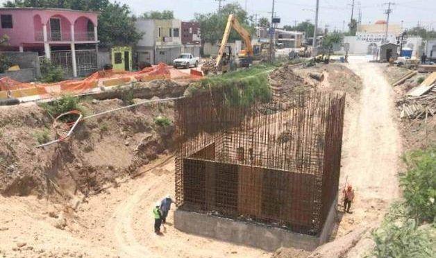Tamaulipas: Descargan aguas residuales al río por el desagüe pluvial (La Tarde)