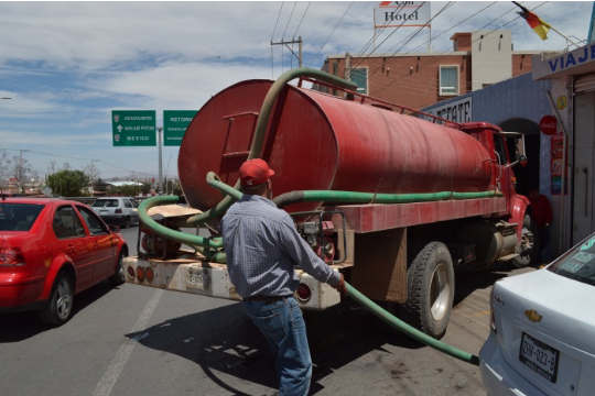 Zacatecas: Aumenta el servicio de pipas por la escasez de agua en la región (Zacatecas en Imagen)
