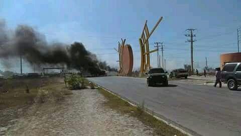 Tamaulipas: Batallan por agua y bloquean carretera a San Fernando (Milenio)
