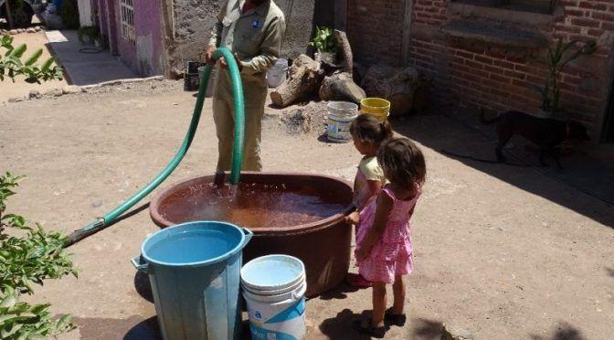 Sinaloa: usan agua potable para ganado, mientras otras comunidades tienen desabasto (Línea directa)