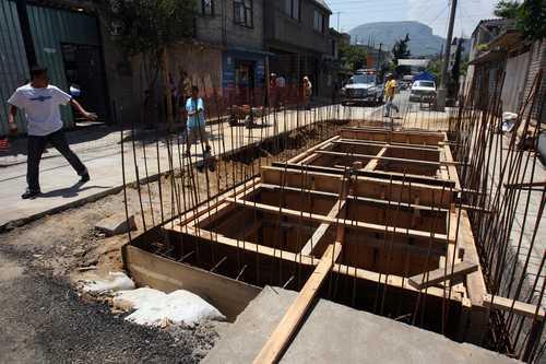 Estado de México: Sistema de agua creado por la UAch favorece a familias marginadas (La Jornada)
