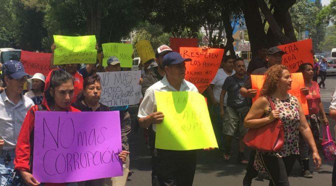 Vecinos de Tlalpan exigen mejor distribución de agua y regularizar comercio ambulante (24 Horas)