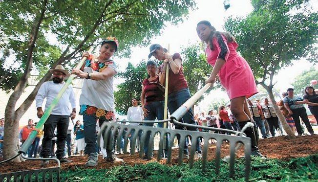 CDMX: en Iztapalapa, Sheinbaum ofrece disculpas por falta de agua (El Universal)