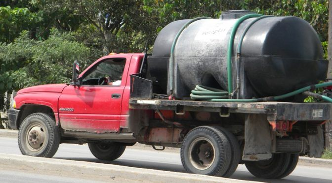 Veracruz: condicionan pipas la venta de agua (Expresso press)