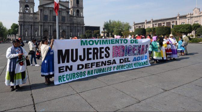 Zacatecas: Con coronas fúnebres y delitos fabricados: así amenazan a las activistas opositoras a una presa (Animal Político)