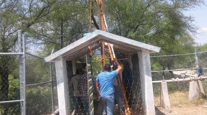 Coahuila: rehabilitan pozo de agua Potable en ejido Huizachal (La Prensa de Monclova)
