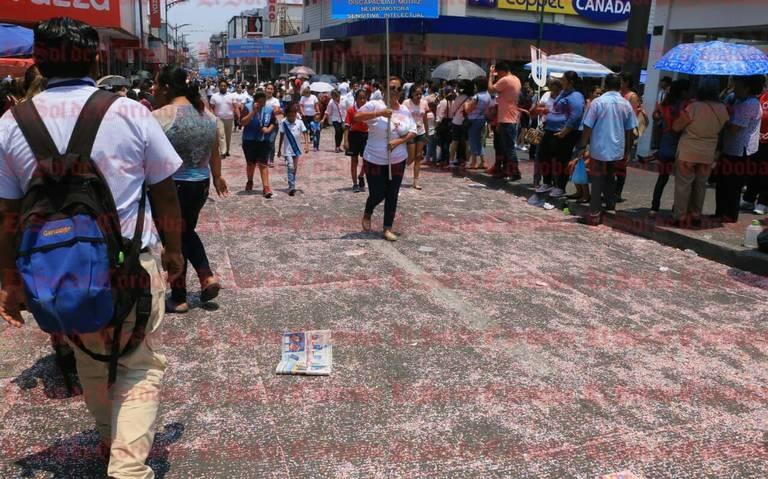 Veracruz: Confeti daña considerablemente al medio ambiente (El Sol de Orizaba)