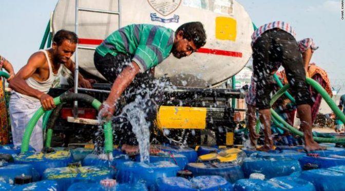 India: Agua cada 10 días, la peor crisis hídrica de su historia (expansión)