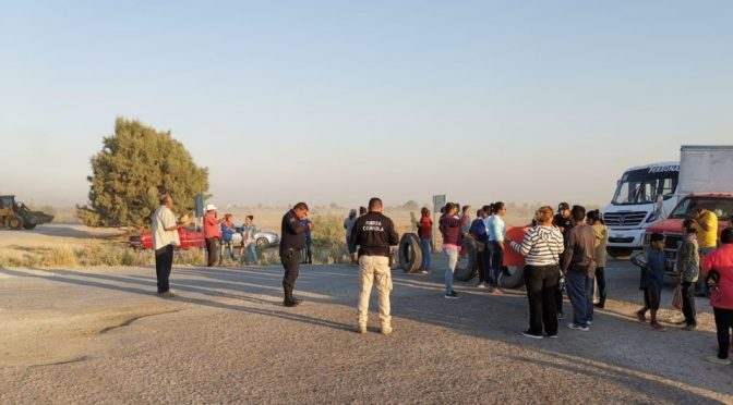 Matamoros: Bloquean carretera por desabasto de agua en un ejido de Coahuila (MILENIO)