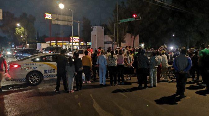 CDMX: Cierran Avenida 506 en Aragón por falta de agua (Milenio)