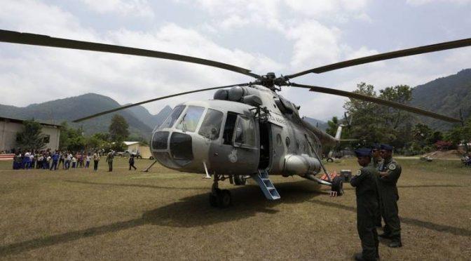 Querétaro: Helicóptero de SEDENA descargó mil 200 litros de agua en Jalpan (Diario de Querétaro)