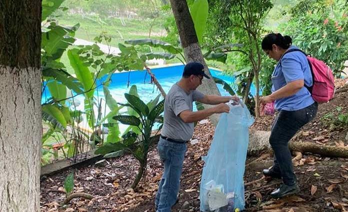 San Luis Potosí: Limpian ribera del río Axtla (Pulso)