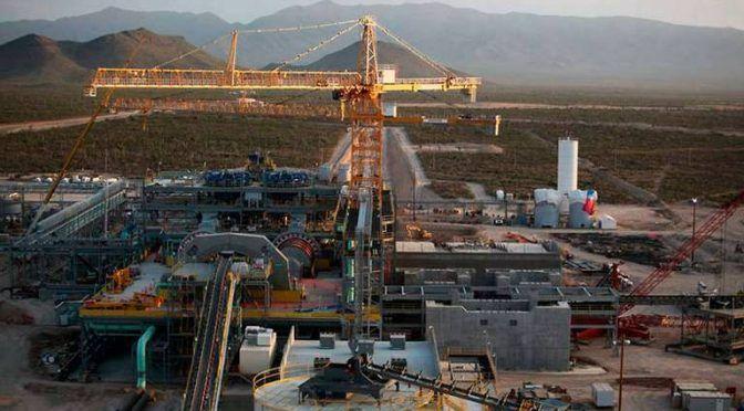 Acaba mina de plata con agua en Zacatecas (El Sol de México)
