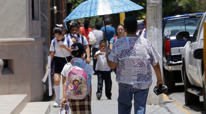 Coahuila: falta de agua y altas temperaturas afectan en escuelas (Milenio)