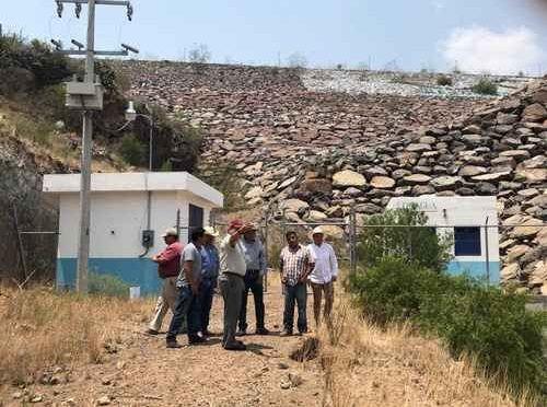 Hidalgo: La presa El Yathé, inservible por falta de 2 km de acueducto (La jornada)