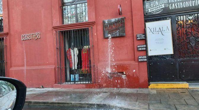 Oaxaca: Se apodera de medidor de agua (NVI Noticias)
